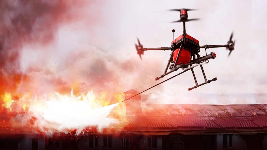 Ten dron wybije szybęi ugasi ogień bez narażania na niebezpieczeństwo strażaków
