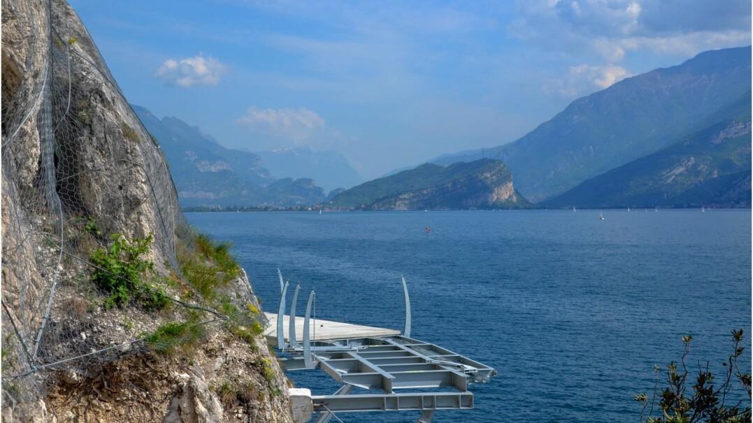 Nad największym jeziorem we Włoszech powstaje 140-km ścieżka rowerowa