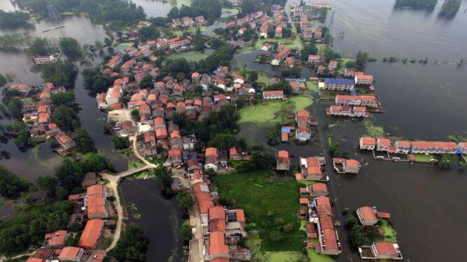 Powódź w Chinach zabiła już 154 osoby
